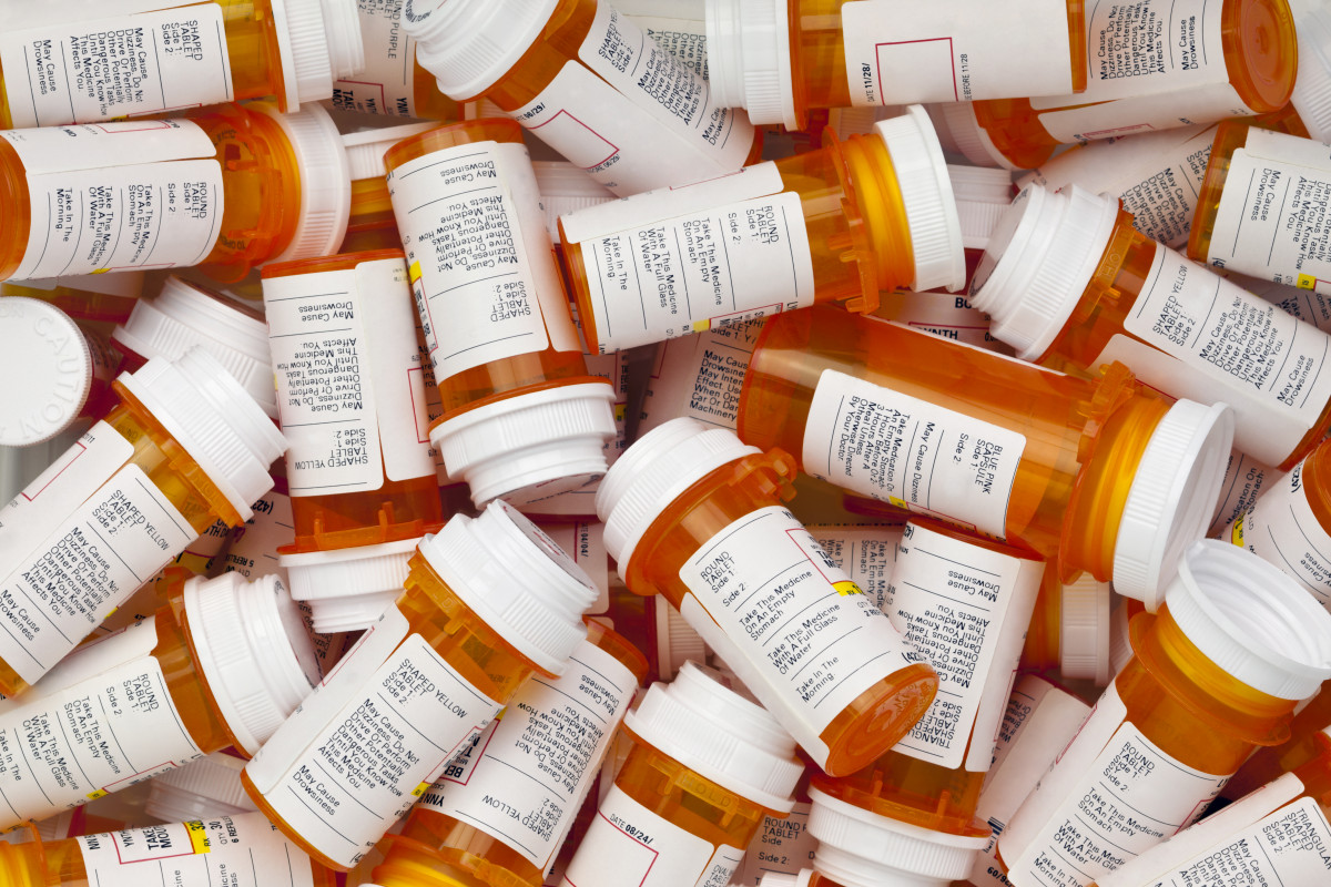 Vyvanse vs Adderall: Main Differences and Similarities