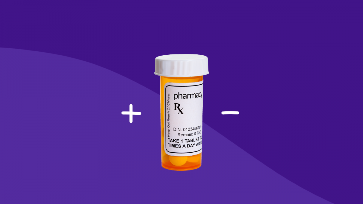 A pill bottle with a plus or minus represents the nocebo effect