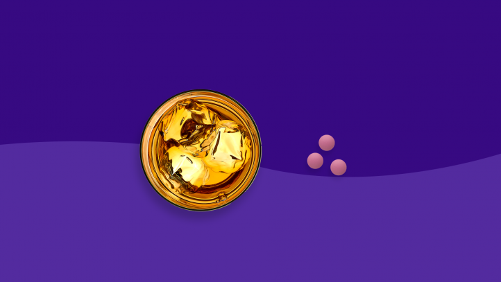 Blood thinners and alcohol (picture of an alcoholic drink and pills)